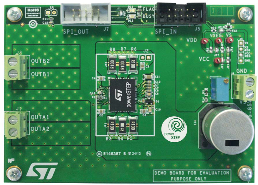 System-in-package integrating microstepping controller and 10 A power MOSFETs evaluation board
