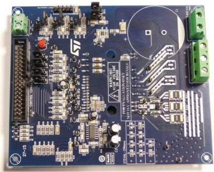 700 W motor control power board based on STGIF7CH60TS-L SLLIMM™ 2nd series IPM